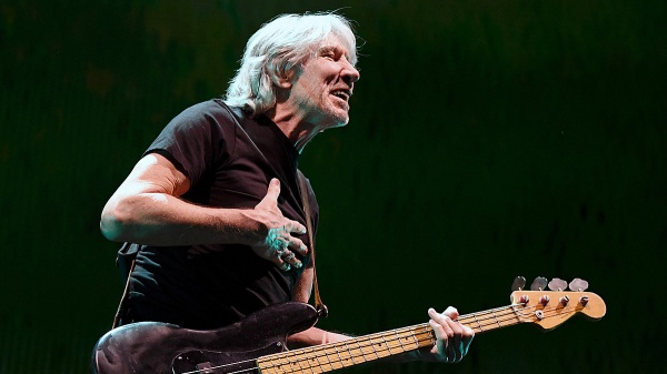 """Roger Waters: esce il film """"Us + Them"""" in digitale"""